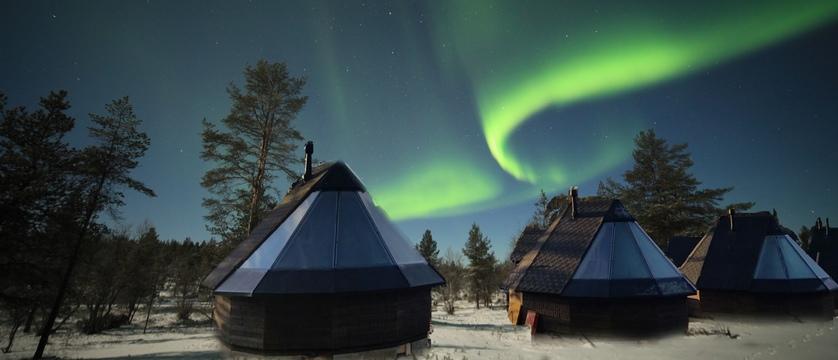 Finland_Saariselka_Muotka-Wilderness-Lodge_aurora-cabins_exterior.jpg